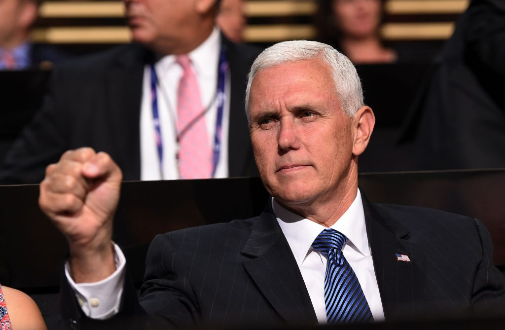 Mike Pence, vice-presidente do candidato republicano Donald Trump (AFP PHOTO / Robyn BECK)