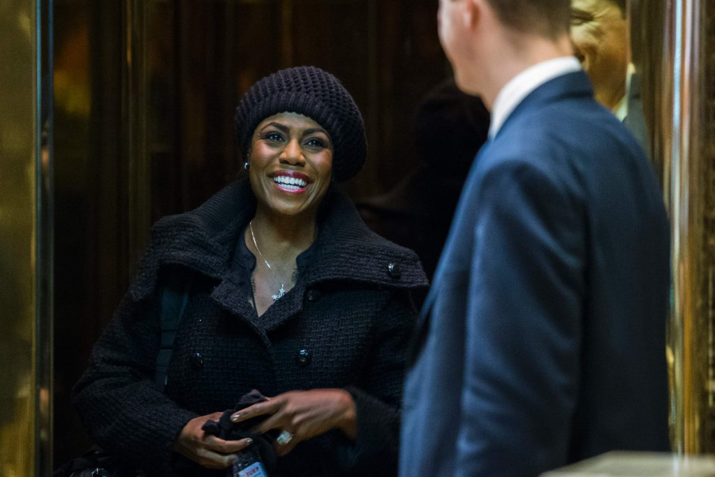 Trump transition adviser Omarosa Manigault arrives at Trump Tower for meetings with President-elect Donald Trump on January 2, 2017 in New York. / AFP PHOTO / Eduardo Munoz Alvarez
