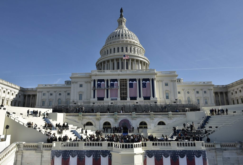 TOPSHOT - A general view shows the West side of the US Capitol during a rehearsal for the inauguration of US President-elect Donald Trump on January 15, 2017 in Washington, DC. / AFP PHOTO / MANDEL NGAN